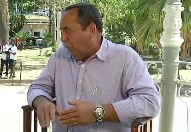 Apesar de enquadrado pelo Tribunal de Contas, prefeito de Valença continua acumulando dívidas com a previdência dos servidores
