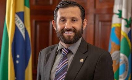 Deputado  da Baixada diz ter kits de testes do coronavírus para venda