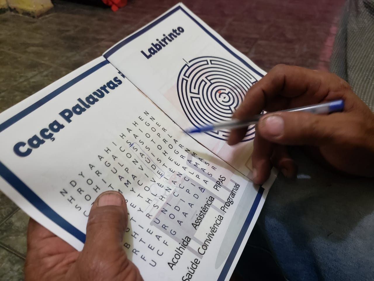 Assistência Social de Nova Iguaçu ajuda a manter idosos ativos em meio à pandemia com jogos de memória e palavras cruzadas