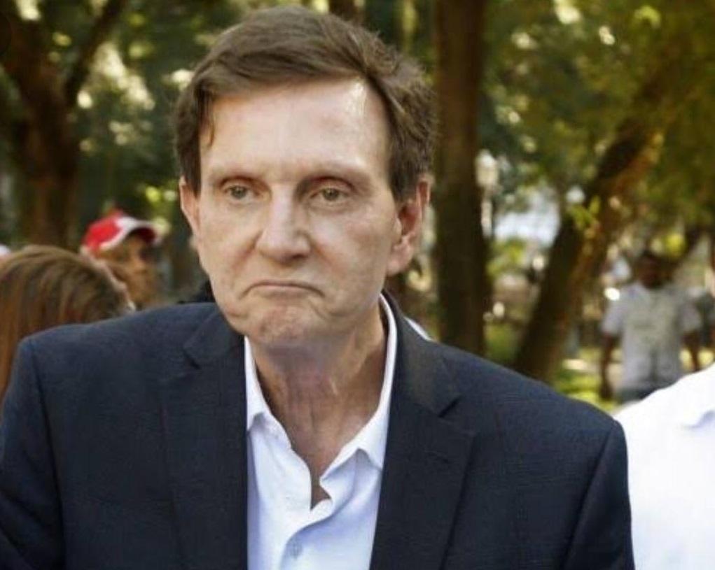 TRE-RJ torna inelegível prefeito Marcello Crivella