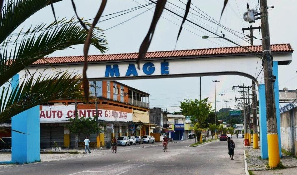 Braços de deputado de Nova Iguaçu já alcançaram o governo em Magé, onde o parlamentar emplacou um colaborador como secretário de Saúde