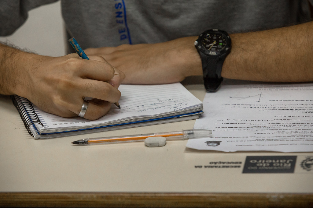 Educação pública: Prazo para confirmação de matrícula na rede estadual de ensino do Rio termina amanhã